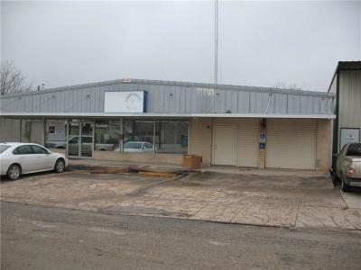 Comanche Commercial For Sale: 215 N Houston Street