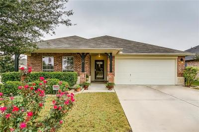 Fort Worth Single Family Home For Sale: 6251 Sika Deer Run