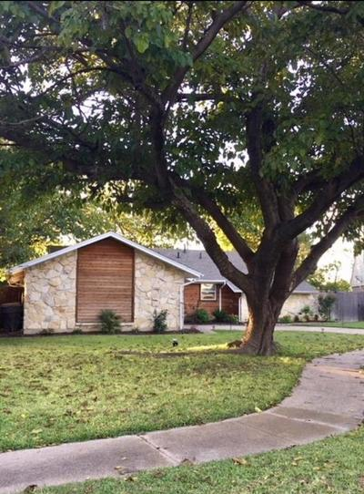 Dallas Single Family Home For Sale: 12347 High Meadow Place