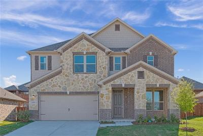 Fort Worth Single Family Home For Sale: 8905 Bison Creek Drive