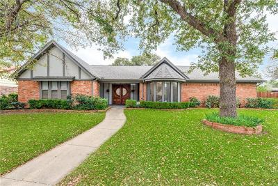 Hurst, Euless, Bedford Single Family Home For Sale: 2825 Ridgewood Drive