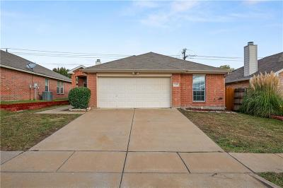 Arlington Single Family Home For Sale: 3127 Bahar Drive