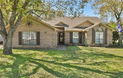 Granbury Single Family Home For Sale: 8900 Hickory Hill Drive