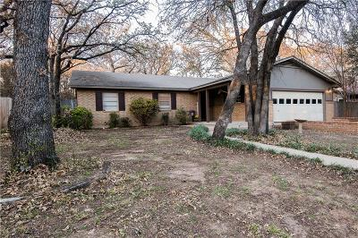 Azle Single Family Home For Sale: 1109 Pine Ridge Drive