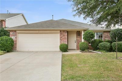 Fort Worth Single Family Home For Sale: 4220 Little Bend Court