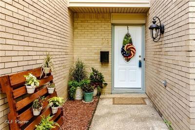 Dallas County Half Duplex For Sale: 4949 Thunder Road