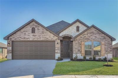 Weatherford Single Family Home For Sale: 2513 Doe Run