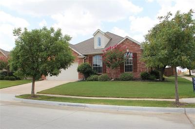 Fort Worth Single Family Home For Sale: 9753 Burwell