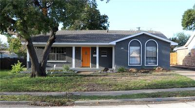 Irving Single Family Home Active Option Contract: 2805 Lago Vista Loop