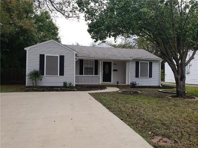 Waxahachie Single Family Home For Sale: 208 Almond Street