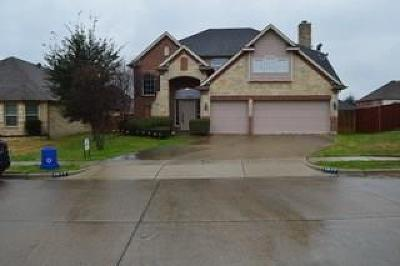 Grand Prairie Single Family Home For Sale: 2827 Oak Glen Court
