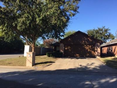 North Richland Hills Single Family Home Active Option Contract: 6701 Driffield Circle W