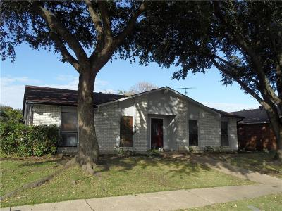 Dallas Single Family Home For Sale: 11739 Featherbrook Drive