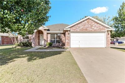 Arlington Single Family Home For Sale: 603 Valencia Drive