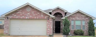 Fort Worth Single Family Home For Sale: 2104 Greybull Trail