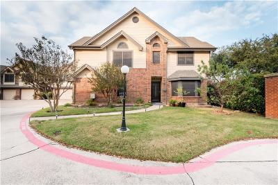 Dallas County, Denton County Townhouse For Sale: 406 Santa Fe Trail #48