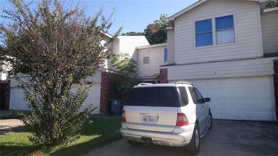 Dallas Townhouse For Sale: 216 Creek Cove Drive