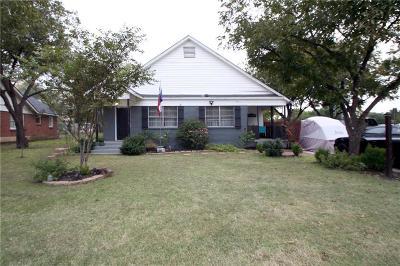 Haltom City Single Family Home For Sale: 4437 McKibben Street