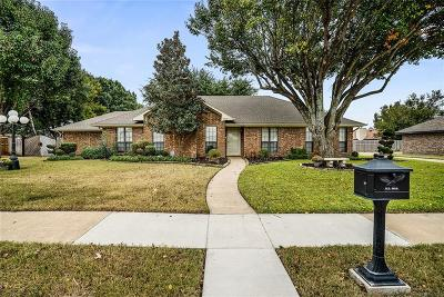 Rowlett Single Family Home For Sale: 7210 Shawn Drive