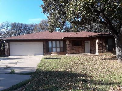 Burleson Single Family Home For Sale: 109 Redhaw Court