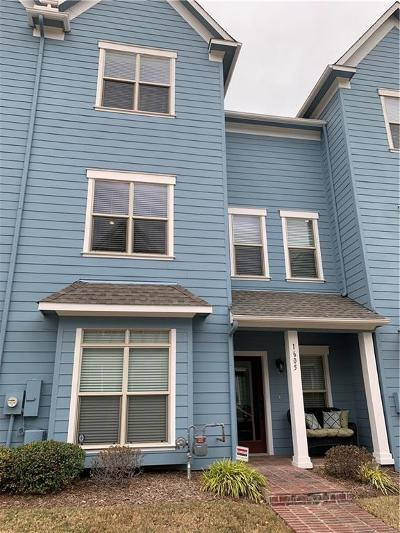 Plano Townhouse Active Option Contract: 1605 Carpenter Drive