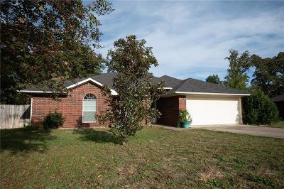 Lindale Single Family Home For Sale: 521 Noah