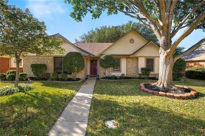 Lewisville Single Family Home For Sale: 1674 Autumn Breeze Lane