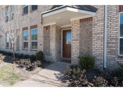 Lewisville Townhouse For Sale: 222 Belleville Drive