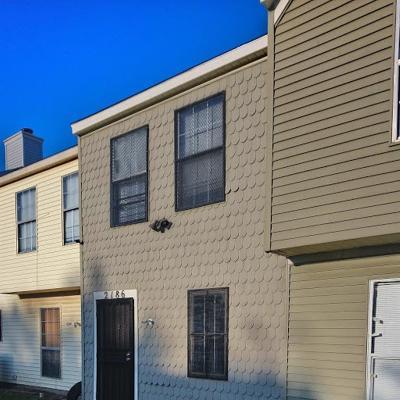 Dallas Townhouse For Sale: 2203 Aspen Drive