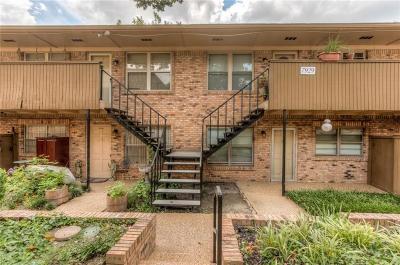 Dallas County Condo For Sale: 7929 Royal Lane #211