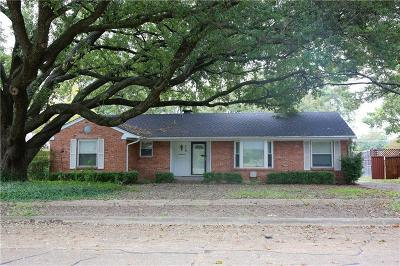 Garland Single Family Home For Sale: 718 Peach Tree