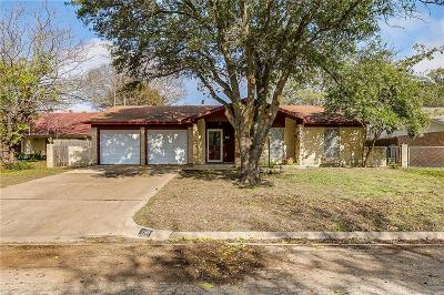Everman Single Family Home For Sale: 608 Edna Court