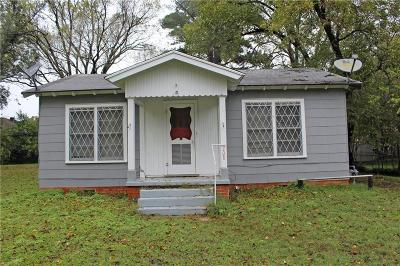 Grand Saline Single Family Home For Sale: 208 W Wolfe Street