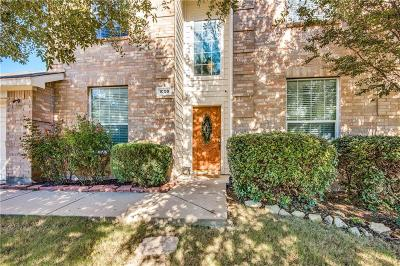 Fort Worth Single Family Home For Sale: 1009 Marlow Lane