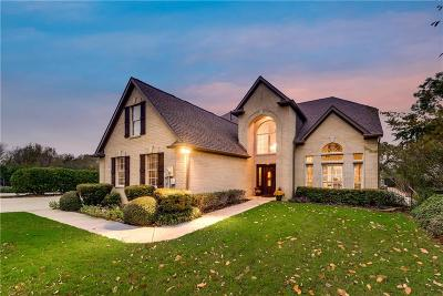 Grapevine Single Family Home For Sale: 2202 Lakeridge Drive