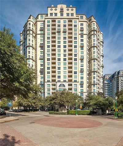 Dallas Condo For Sale: 3401 Lee Parkway #2101