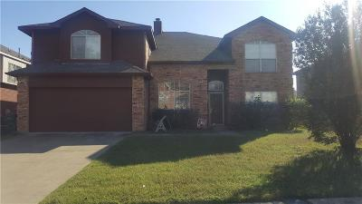 Cedar Hill Single Family Home For Sale: 216 Rainsong Drive
