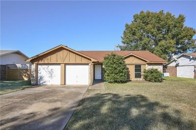 Benbrook Single Family Home For Sale: 1109 Augusta Road