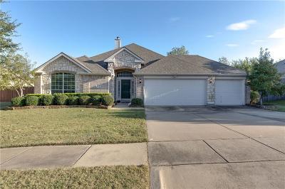 Grand Prairie Single Family Home For Sale: 2439 Kingsley Drive