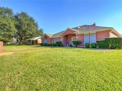 North Richland Hills Single Family Home For Sale: 6420 Heidelburg Court