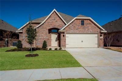Pelican Bay Single Family Home For Sale: 1477 Eagle Nest Drive