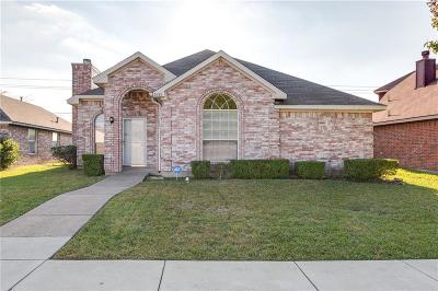 Mesquite Single Family Home For Sale: 2833 Clearwater Drive
