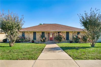 Garland Single Family Home For Sale: 1310 Pecan Valley Drive