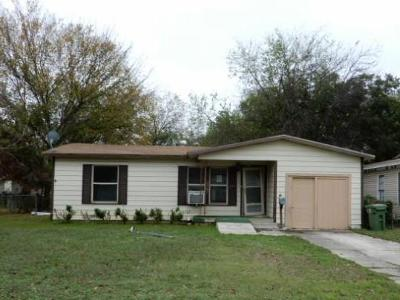 North Richland Hills Single Family Home For Sale: 6646 Marie Street