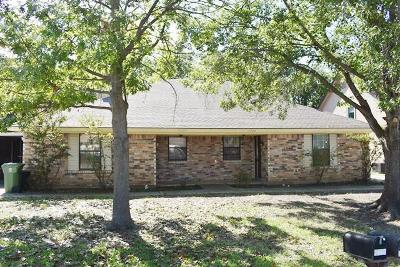North Richland Hills Residential Lease For Lease: 7722 Sable Lane