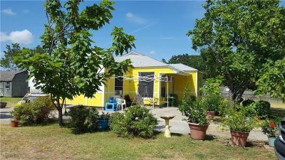Alvarado Single Family Home For Sale: 7932 E County Road 405