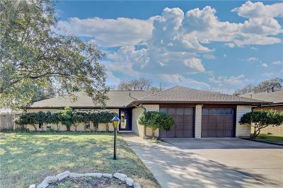 Arlington Single Family Home For Sale: 1300 Paisley Drive