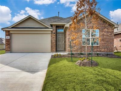 Fort Worth Single Family Home For Sale: 8908 Devonshire Drive