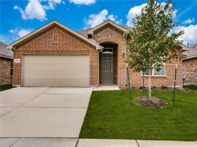 Fort Worth Single Family Home For Sale: 8904 Devonshire Drive