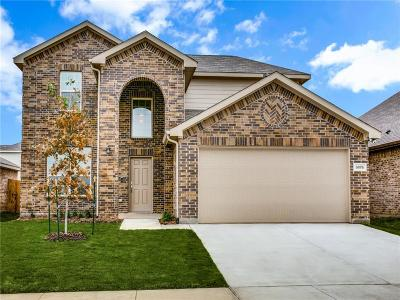 Fort Worth Single Family Home For Sale: 8876 Devonshire Drive
